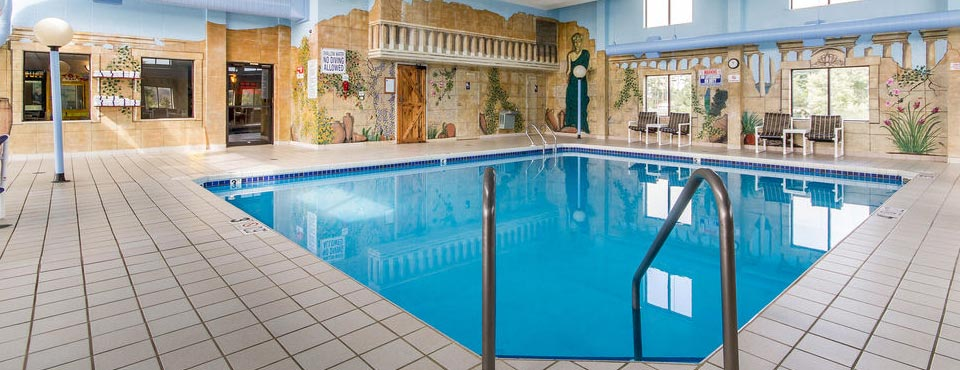 Clarion Hotel In Baraboo Wi With Indoor Pool 960